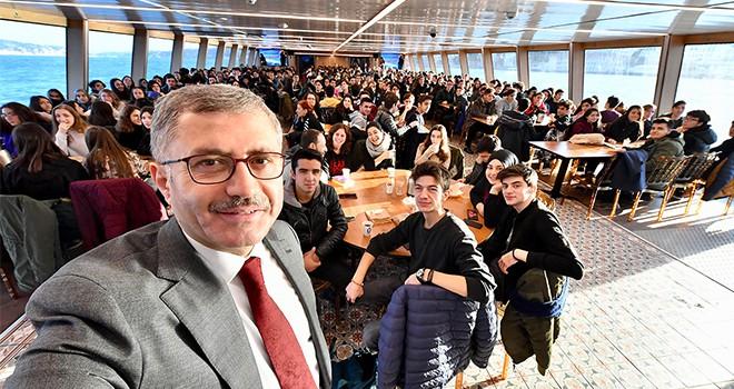 Burhan Felek Anadolu Lisesi Valide Sultan  Gemisi'nde