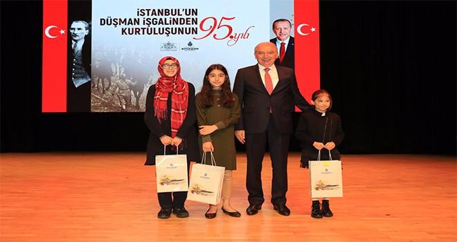 """Mevlüt Uysal: """"İstanbul Kutlu Bir Şehirdir Hiçbir Zaman İşgale Boyun Eğmeyecektir"""""""