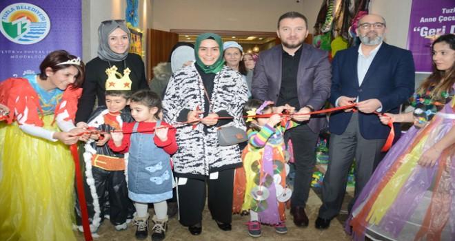 """Tuzla Belediyesi Anne Çocuk Eğitim Merkezi, """"Geri Dönüşüm"""" Sergisi Düzenledi"""