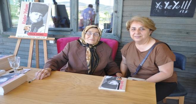 89 Yaşındaki Şiir Kitabı Çıkardı