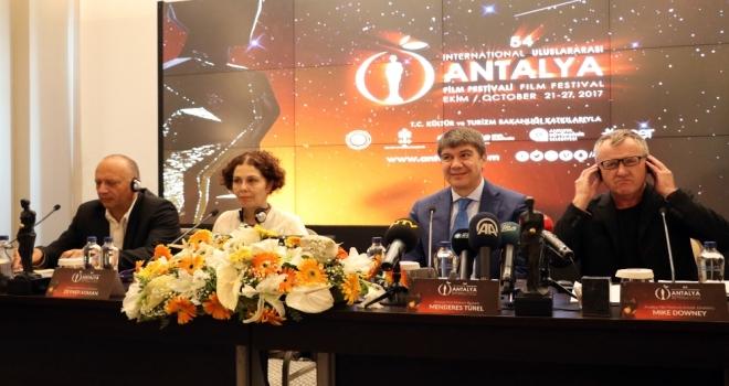 Türk Sineması Yabancı Sinemalarla Yarışacak