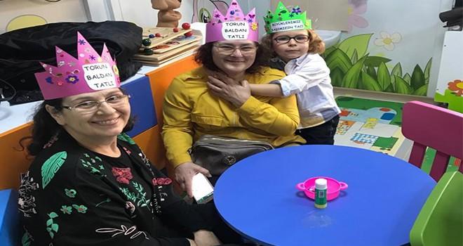 Maltepeli minikler büyükanne ve büyükbabalarıyla buluştu