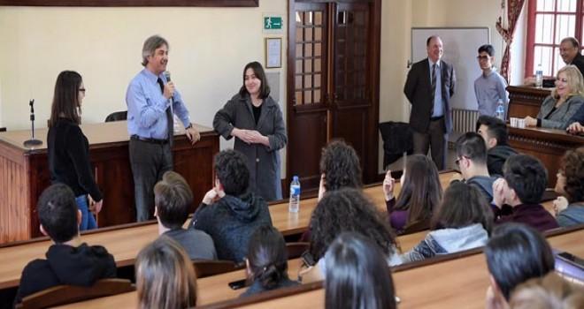 Demircan Galatasaray Lisesi Öğrencileri ile buluştu