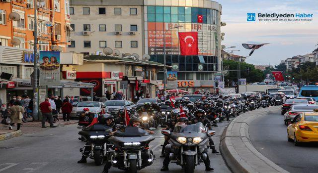 MALTEPE'DE MOTOSİKLETLİ CUMHURİYET KONVOYU