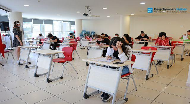 Ataşehir'de Üniversite Destek Programlarına Ön Kayıtlar Başlıyor