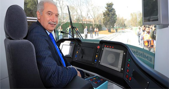 """""""İstanbul'da Tarihi Gün!"""" Mevlüt Uysal, 2 Farklı Raylı Sistem Hattında Test Sürüşü Yaptı"""