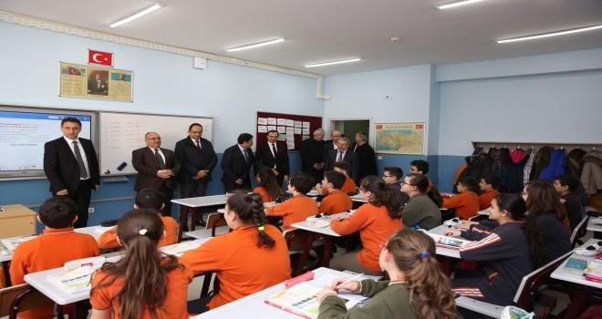 Ümraniye'de 2017-2018 Eğitim Öğretim Yılının İkinci Yarıyıl Ders Zili Çaldı