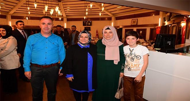 Başkanımız Av.Şeyma Döğücü, Şehit ve Gazi Aileleri İle İftarda Buluştu