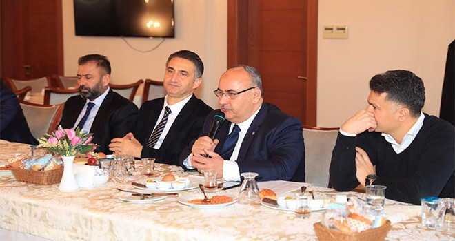 Başkan Hasan Can Muhtarlar Toplantısına Katıldı