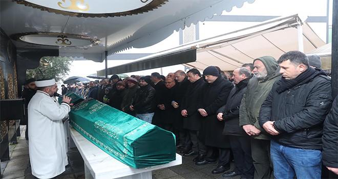 Başkan Hasan Can AK Parti Önceki Dönem İl Yönetim Kurulu Üyesi Tarık Aksar'ın Annesinin Cenazesine Katıldı