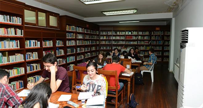Gençler Soruyor'da Öğrencilere Müjdeyi Verdi