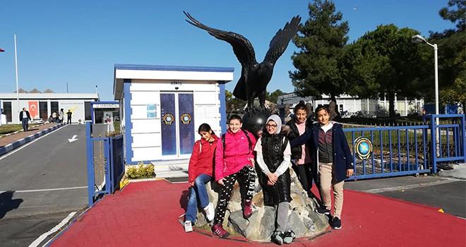 Ümraniyeli Çocuklar Havacılık Müzesinde Güzel Bir Gün Geçirdi