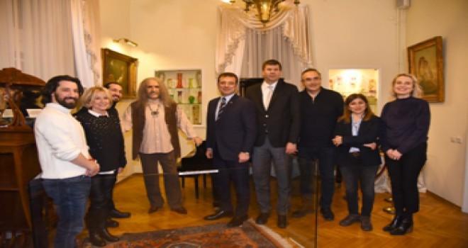 İBB Başkanı İmamoğlu, Barış Manço Evi'ni Ziyaret Etti