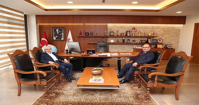 AK Parti Eski Genel Başkan Yardımcısı Ekrem Erdem'den Başkan Hasan Can'a Ziyaret