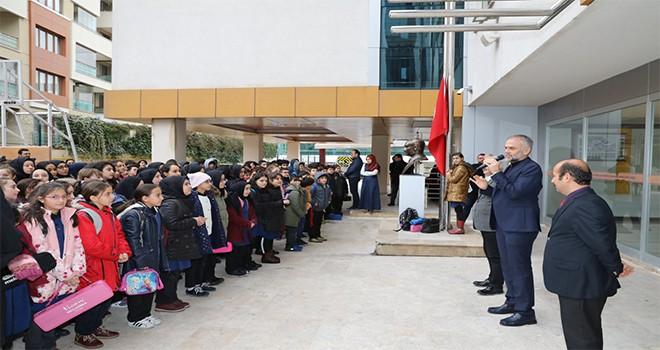 Başkan Poyraz Bayrak Töreninde