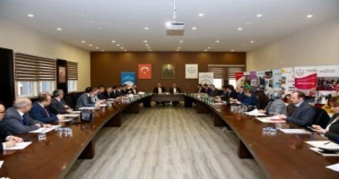 Başkan Hasan Can, İlçedeki Ortaokul Müdürleriyle Bir Araya Geldi