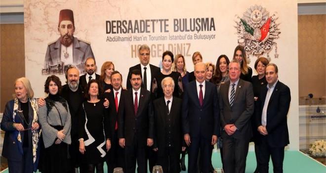 İBB BAŞKANI MEVLÜT UYSAL SULTAN II. ABÜLHAMİD HAN'IN TORUNLARINI İSTANBUL'DA BULUŞTURDU