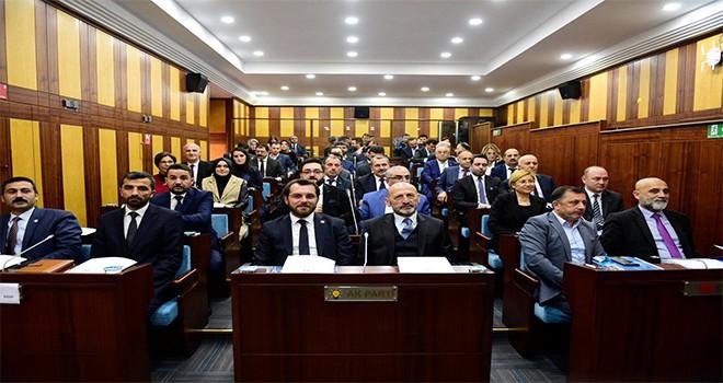 Yeni Belediye Meclisi'nde İlk Toplantı