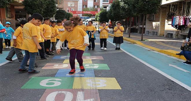 Çocuk Sokağı'nda 'Dünya Çocuk Günü'