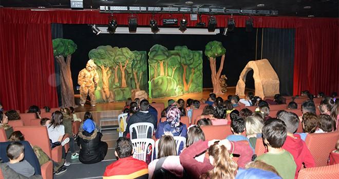 Tuzlalı Çocuklar ve Gençler, Hafta Sonu Tatilini Kültür ve Sanat Etkinlikleriyle Değerlendiriyor
