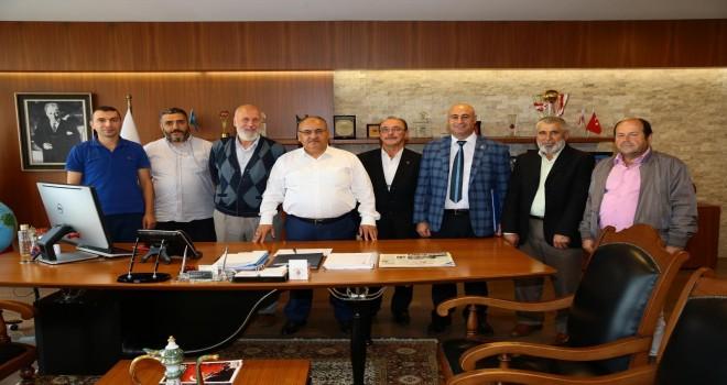 Hekimbaşı Mahalle Muhtarı Abdurrahman Toprak'tan Başkan Hasan Can'a Ziyaret
