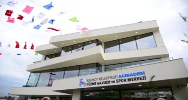 Kadıköy'de Acıbadem Yüzme Havuzu ve Spor Merkezi Açıldı
