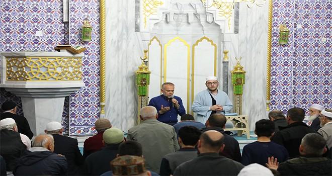 Gönüller Kur'an-ı Kerim'le Huzur Buluyor