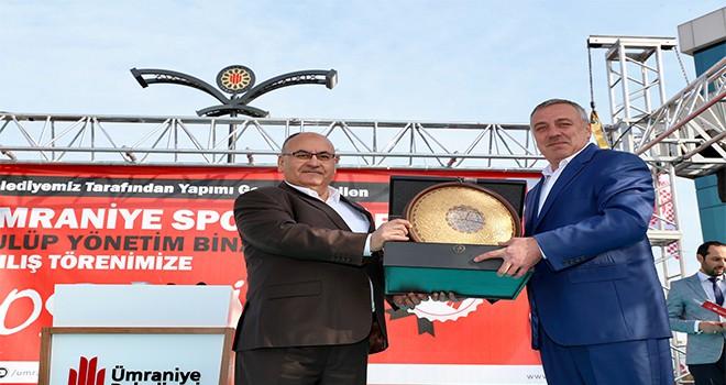 Ümraniyespor Kulübü Kamp Merkezi ve Kulüp Yönetim Binası Hizmete Açıldı