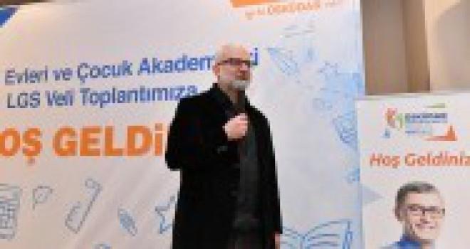 """""""LGS VELİ BİLGİLENDİRME TOPLANTISI"""" BAŞKAN TÜRKMEN'İN KATILIMIYLA GERÇEKLEŞTİRİLDİ"""