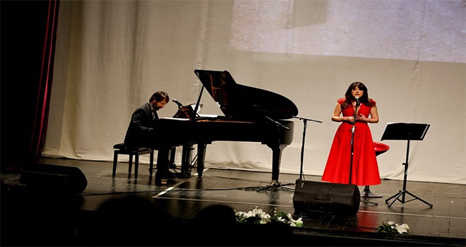 Soprano Selva Erdener'den unutulmaz konser