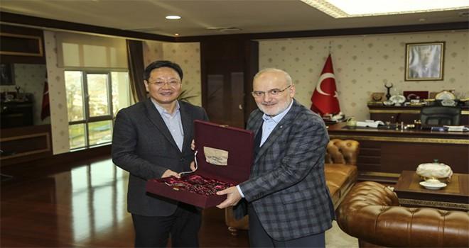 Şanghay Hukuk Bürosu'ndan Başkan Çelikbilek'e Ziyaret