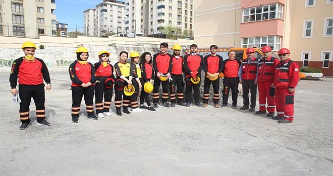 Ümraniye'de Deprem Tatbikatı Yapıldı