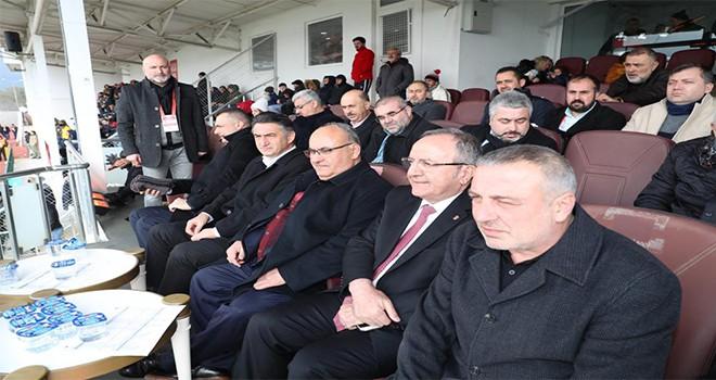 Başkan Hasan Can Ümraniyespor-Balıkesirspor Maçını İzledi