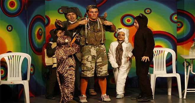 Ümraniyeli Çocuklar Tiyatro Keyfini Doyasıya Yaşıyor