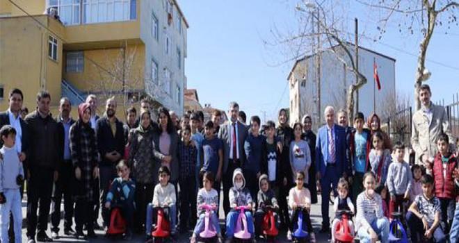 Sultanbeyli'de Çocuk Dostu Alanlar Oluşturuluyor