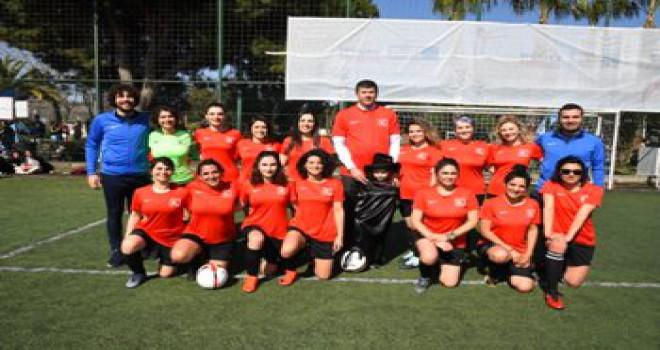 Kadınlar Futbolda Buluştu