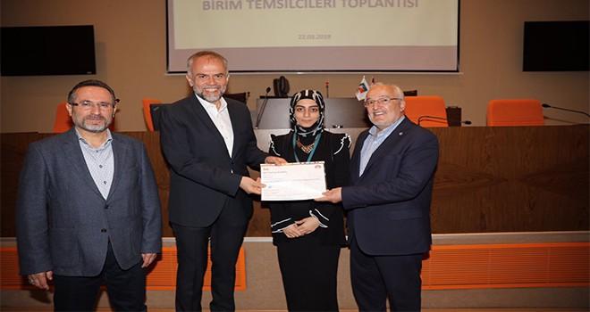 Baş Denetçiler Sertifikalarını Başkan Poyraz'dan Aldılar