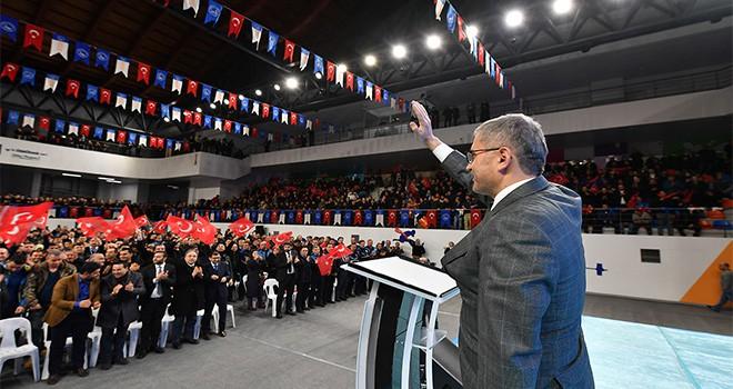 Başkan Türkmen Çalışma Arkadaşları İle Kucakalaştı