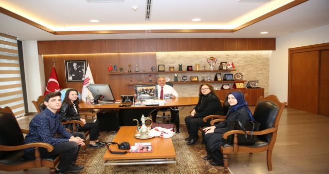 Başkan Hasan Can, Nevzat Ayaz Anadolu Lisesi Dergisi'ne Röportaj Verdi