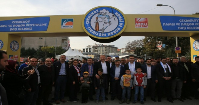 ÇEKMEKÖY'DE HAMSİ VE HORON BAŞROLDE