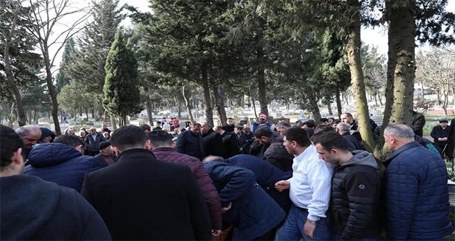 Başkan Hasan Can,Topağacı Mahalle Muhtarı Yaşar Karataş'ın Dayısının Cenazesine Katıldı