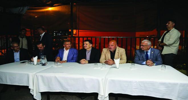 Bakan Pakdemirli Bal Üreticileriyle Sahurda Buluştu