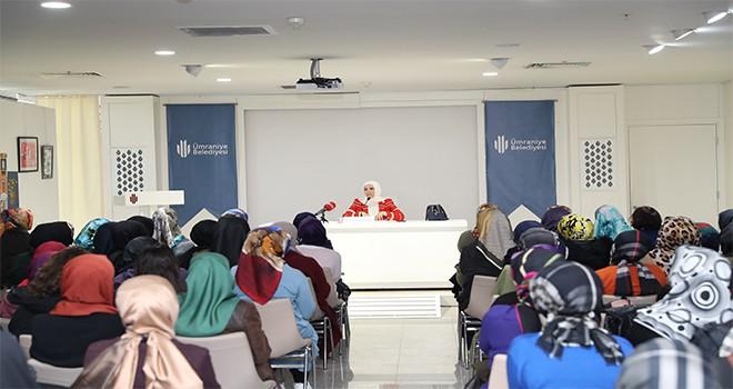 Akademi Nisa'nın Bu Haftaki Konuğu Betül Soysal Bozdoğan'dı