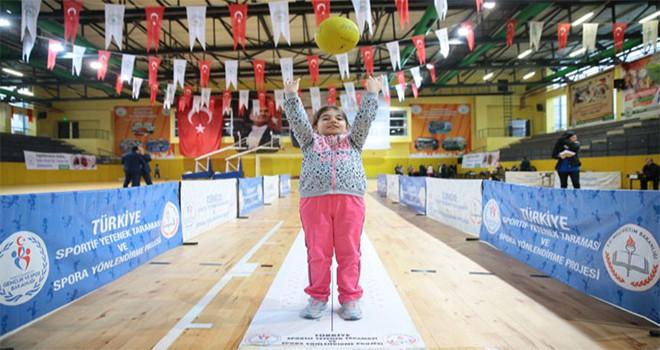 Geleceğin Şampiyon Sporcuları Gaziosmanpaşa'da Yetişiyor