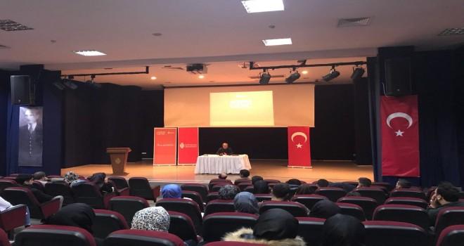 Akademi Genç'e Bu Hafta Gazeteci-Yazar Yusuf Kaplan Konuk Oldu