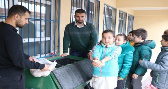 Her Okul Bir Geri Dönüşüm Merkezi