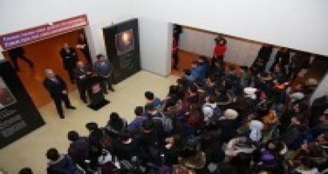 Başkan Hasan Can Erkut Soyak Anadolu Lisesi Bayrak Töreninde Öğrencilerle Bir Araya Geldi