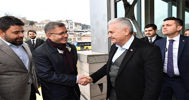 TBMM Başkanı Ve AK Parti İstanbul Belediye Başkan Adayı Binali Yıldırım Marmaray İle Üsküdar'a Geldi