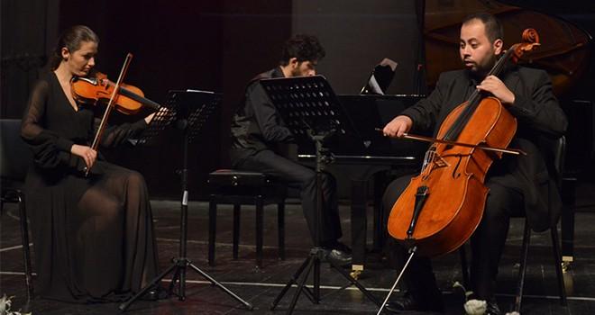 Es Trio'dan klasik müzik şöleni