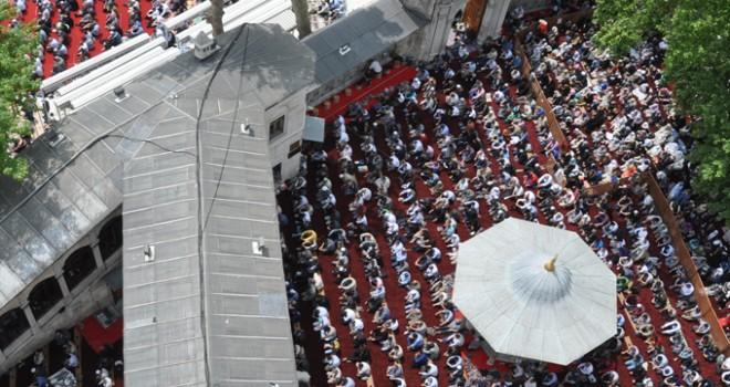 Bir beldeye ismini veren kutlu Zat: Eyüb Sultan'ın hayatı ve türbesi